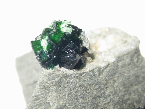 燐銅鉱:Libethenite